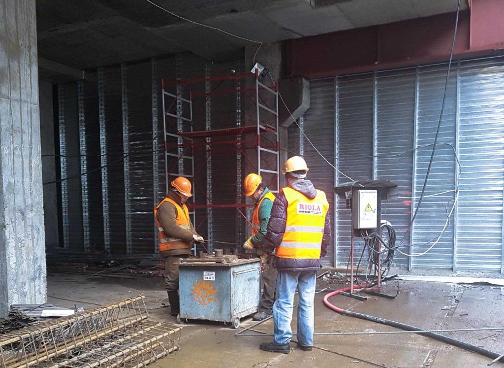 Монтаж инженерных систем в ТРЦ «Оазис». - Строительная компания «Riola»