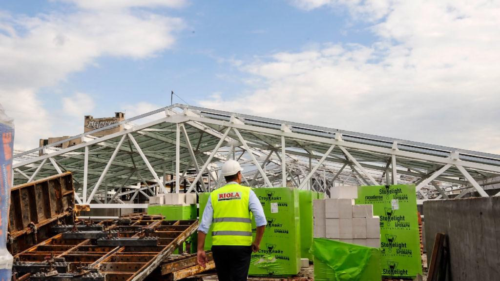 ТРЦ «Oasis» находится на высокой стадии строительной готовности